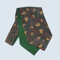 Fine Silk Duck Design Paisley Cravat in Green