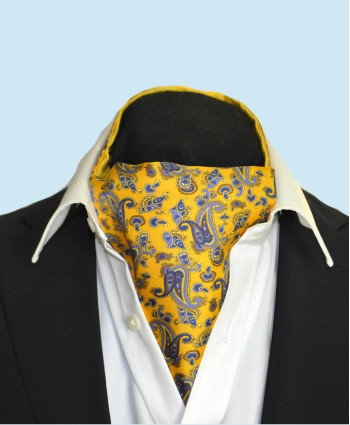 Fine Silk Dynamic Dancing Paisley Pattern Cravat in Yellow