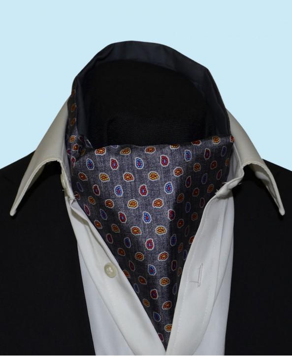 Silk Cravat with Paisley Design in Mystic Grey