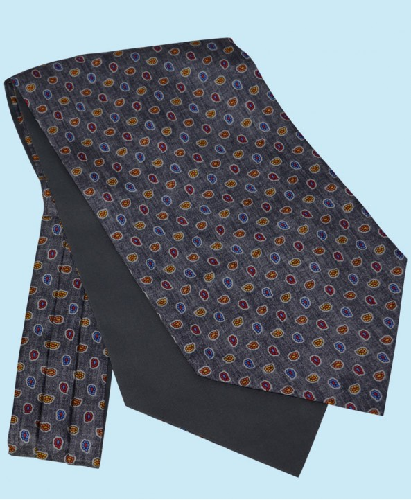 Silk Cravat with Paisley Design in Mystic Grey