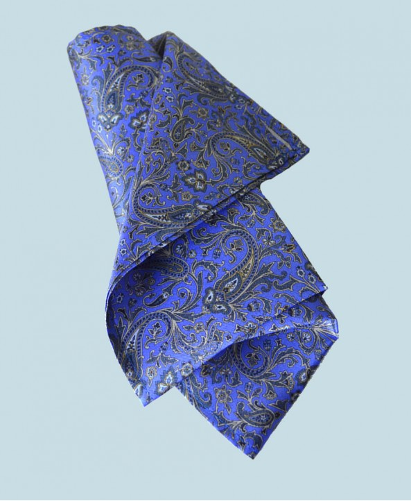 Fine Silk Chinese Dragon Paisley Pattern Hank in Sky Blue