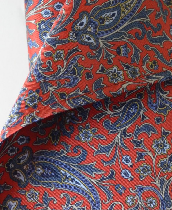 Fine Silk Chinese Dragon Paisley Pattern Hank in Red