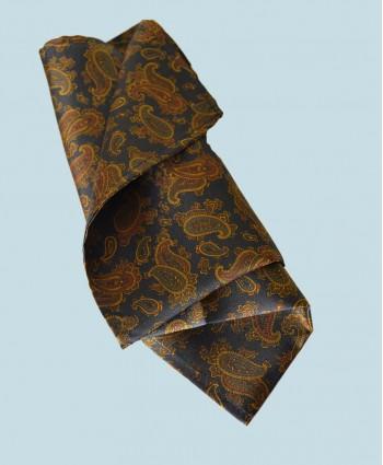Fine Silk Burmese Coronet Pattern Hank in Navy