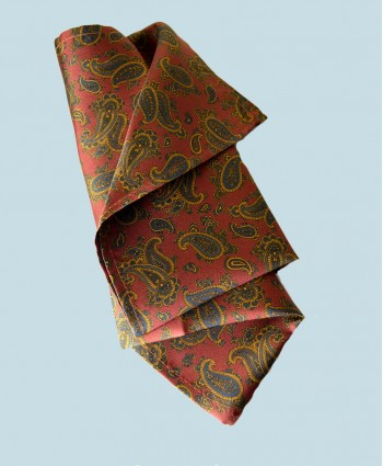 Fine Silk Burmese Coronet Pattern Hank in Red