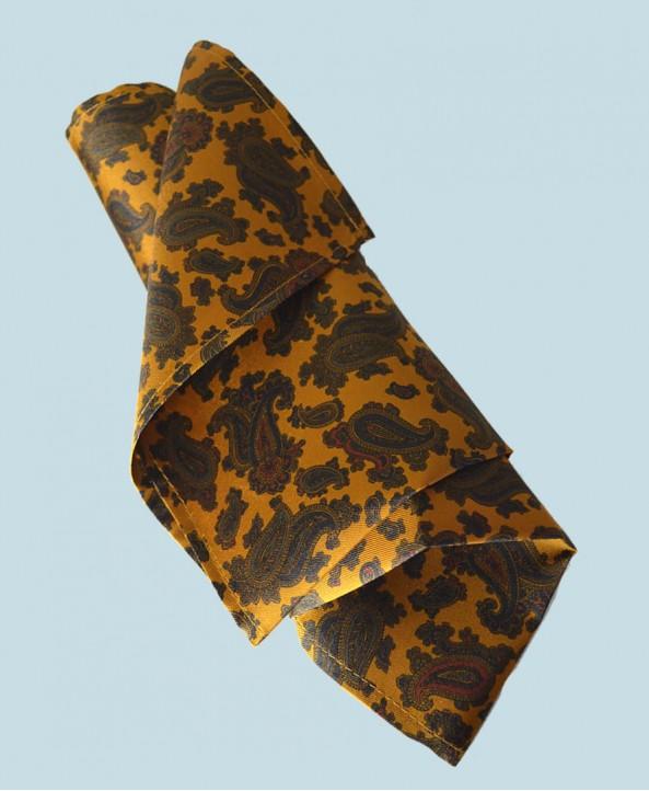 Fine Silk Burmese Coronet Pattern Hank in Gold