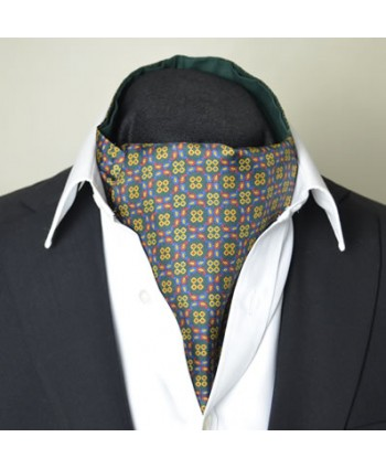 Fine Silk Regency Dancing Ring Pattern Cravat in Green