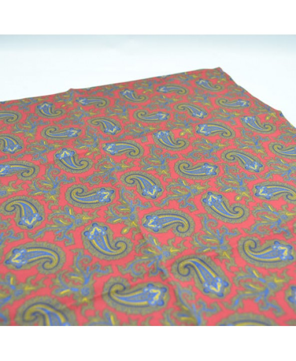 Fine Silk Old Master Paisley Pattern Hank in Red